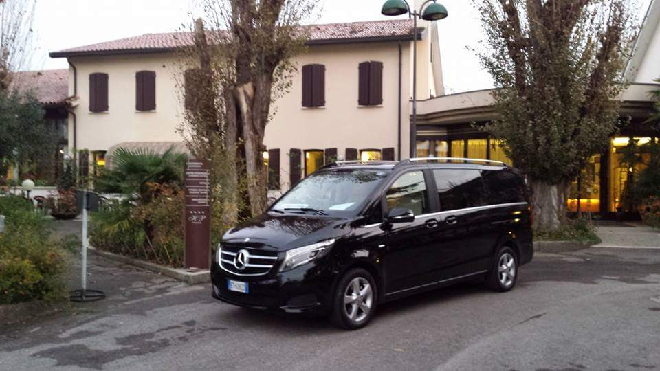 rent minivan with driver venice